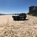 Noosa 2 Fraser 4WD Beach Hire照片