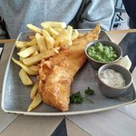 Standard fish (cod??) and chips.