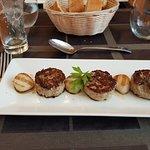 Fuera de carta. Mini hamburguesa de Atún con vieiras