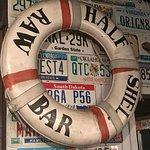 Foto de Half Shell Raw Bar