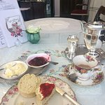 Rose and lavender scone with tea