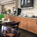Quality Inn & Suites -- South San Francisco Photo