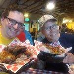 Foto Danna's BBQ & Burger Shop