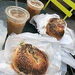 Foto de Best Bagel and Coffee