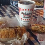 Portillo's Hot Dogs의 사진