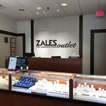 Zales Outlet in Sevierville