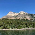 Waterton Shoreline Cruise Co. resmi