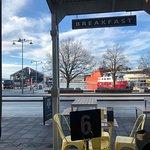 Foto de Harbour Lights Cafe