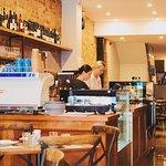 ภาพถ่ายของ Eleni's Kitchen + Bar
