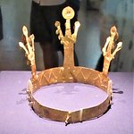 The gold crown from Gyo-dong Tomb.