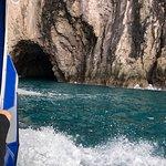 Foto de Cathedral Cove Scenic Cruises