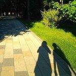 Наши тени на одной из дорожек парка