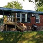 Gambar River's Edge Camping & Cabins
