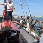 Dark Star Pirate Cruises resmi