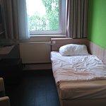 Zweibettzimmer haben auch 2 Räume mit jeweils einem Bett