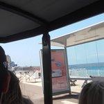 Petit Train - Marseille - arrêt de bus sur le passage du Petit Train