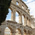 Photo of Amphitheatre de Pula