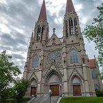 Φωτογραφία: Cathedral of St. Helena