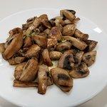 Garlic mushrooms tapa! Very flavorful