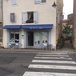Photo de CAFE COUR du MIRACLE