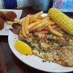 Foto de New England Fish Market & Restaurant