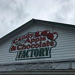 Candy Factory at the Apple Barn sign
