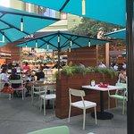 Naples Ristorante e Pizzeriaの写真