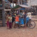 Floating village tour in Siem Reap.