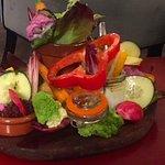 une planche de légumes bio à croquer