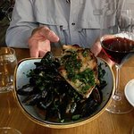 Mussels with fantastic crusty bread