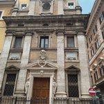 صورة فوتوغرافية لـ Chiesa di Santa Maria in Trivio
