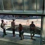 este vão é o palco para as selfies, mas também um ótimo mirante para a Paulista