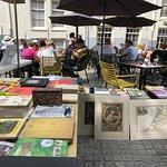 Foto van De Boekenmarkt op het Spui Amsterdam