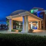 Holiday Inn Express Dallas North Tollway (N Plano)
