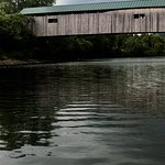 Cambridge Junction Covered Bridge Picture