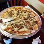 ภาพถ่ายของ Paradise Pizza of Cape Coral