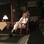 صورة فوتوغرافية لـ Planters Barn Theater