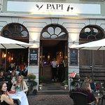 Papi Bar Cafe Restaurant Foto