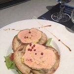 Foie gras maison aux baies rouges