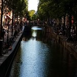 Just one of the many beautiful canals during our walk with Lee
