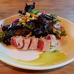 Seared Ginger Tuna Salad