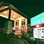 Rolling Hills Lodge