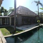 Фотография Mahagiri Villas