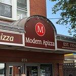 Bild från Modern Apizza