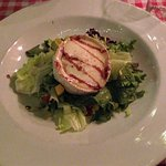 warme geitenkaas met salade