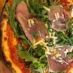 Pizza Ruccolona