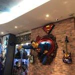 Foto DC Comics Super Heroes Cafe