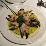Crab claws in garlic butter sauce