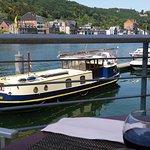 Cadre magnifique, calme et très propre, vue superbe sur la Meuse