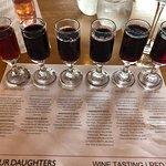 Foto de Four Daughters Vineyard & Winery